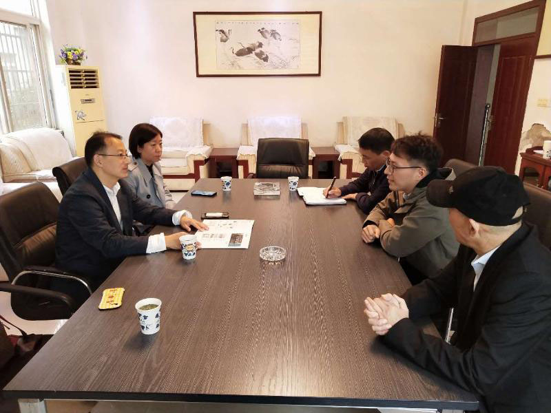 Zhang Yi, Deputy Director of UNCTAD Division of Provincial Department of Commerce, And Wang Yanni, Director of foreign Trade Division of Municipal Bureau of Commerce, Went to kMNPack And MedPurest